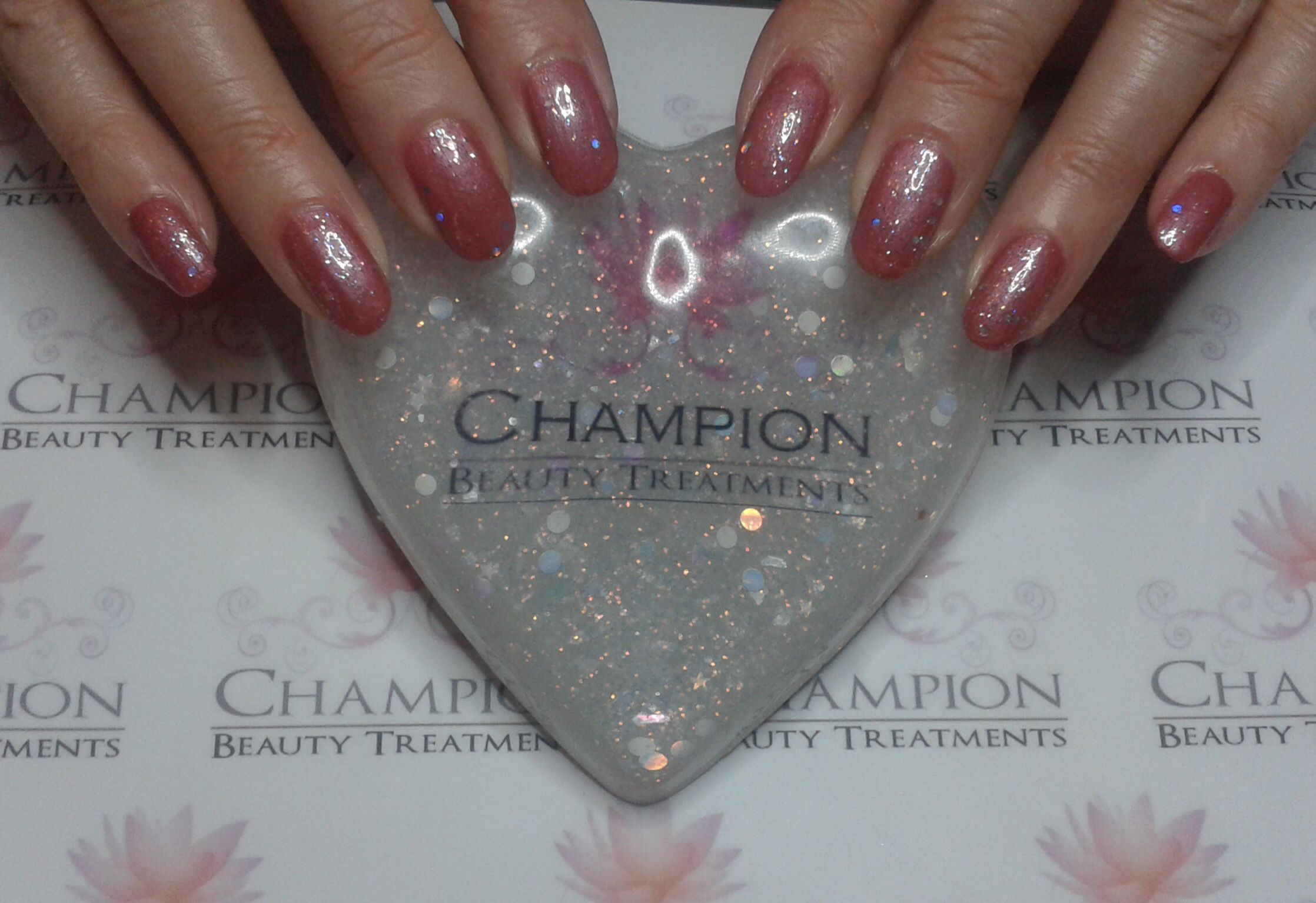 A basic manicure complete with Revlon 'Iced Mauve' & 'Stunning' nail polish.