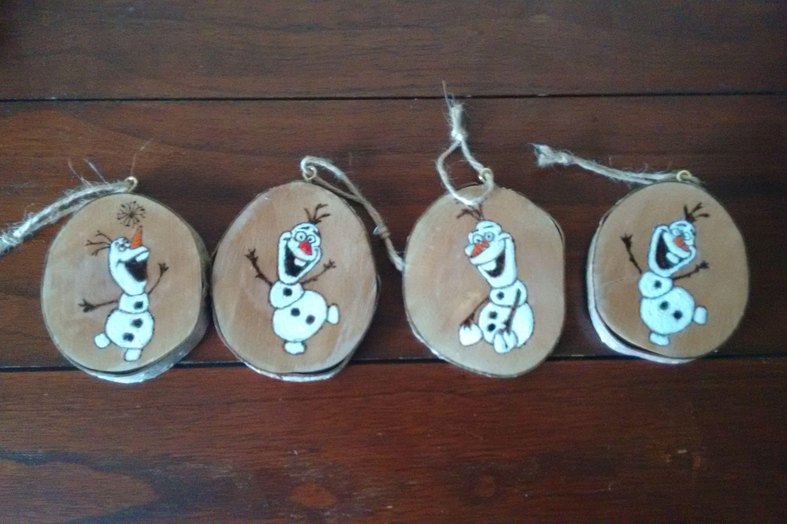 Olaf Disney Log Slice Ornaments Wood Christmas Ornaments Christmas Ornament Crafts Diy Christmas Treats