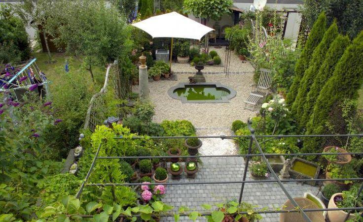 Reihenhausgarten Mit Wasserbecken
