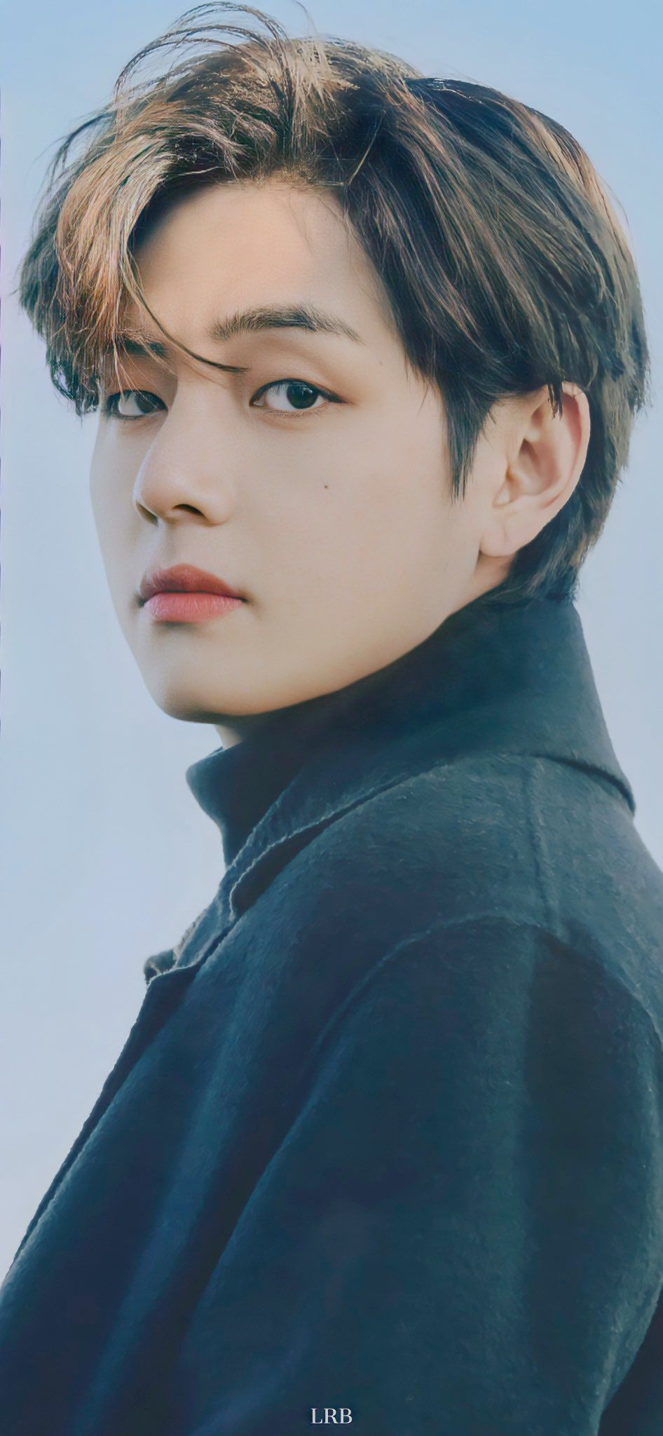 Pin By Alison Isaza On Taehyung In 2021 Kim Taehyung Wallpaper Kim Taehyung Kim Taehyung Funny Bts wallpaper v 2021
