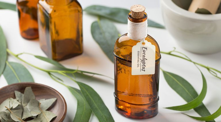 Eucalyptus 100% Pure, Best Therapeutic Grade Essential Oil - 10ml #homeremediesforringworm The 12 Best Eucalyptus Oil Benefits For Your Hair, Skin, and More #homeremediesforringworm