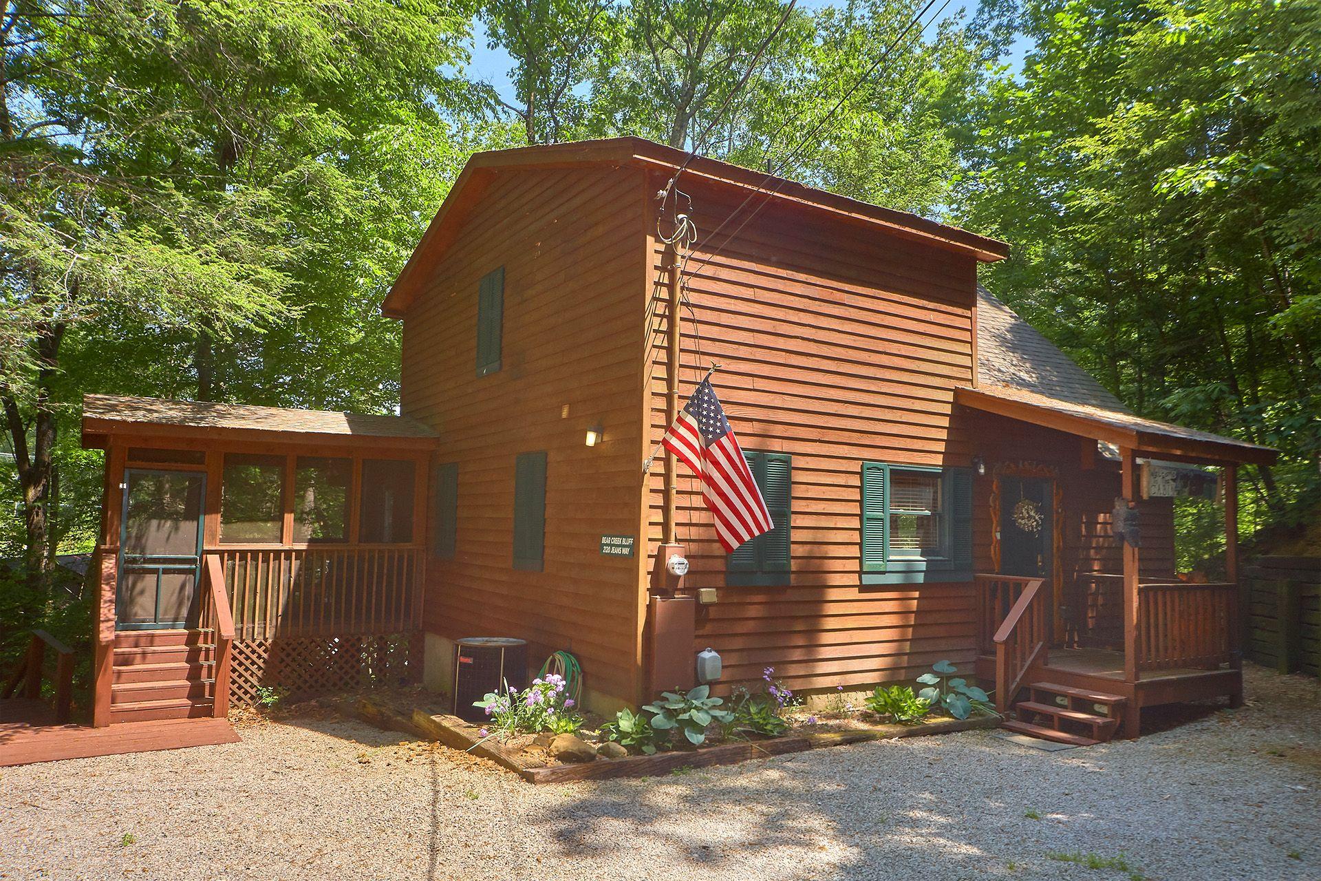 Bear creek bluff 2 bedroom cabin in sevierville cabins