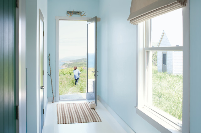 Benjamin Moore Floats Breath of Fresh Air as Its Color of