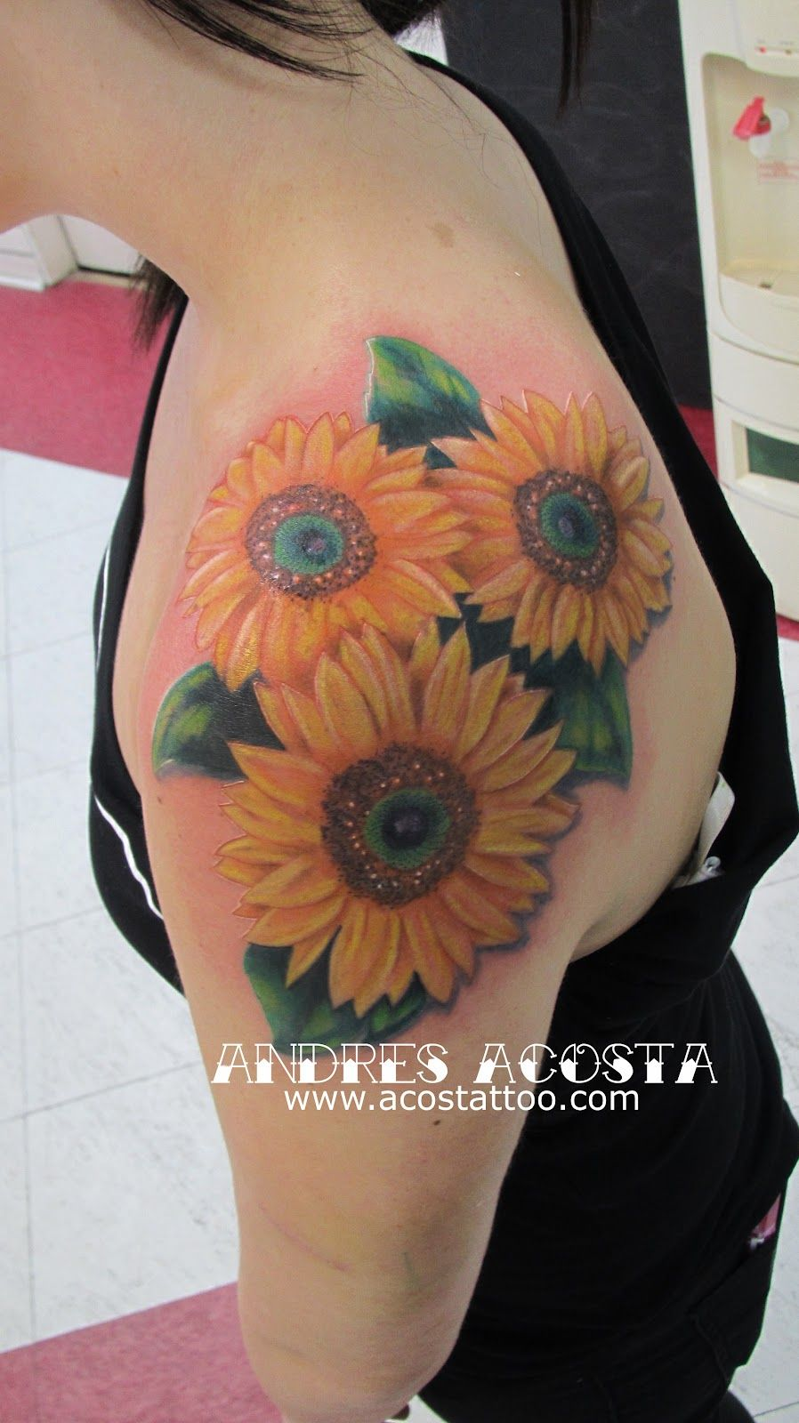 An idea to add to my existing sunflower tat Tattoo