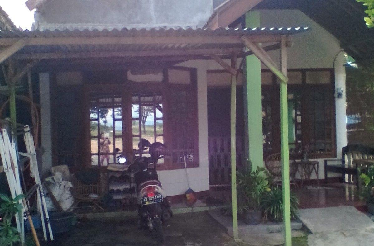 Dijual Rumah Kampung Sokoharjo Outdoor, Decor