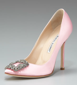 manolo blahnik hangisi satin pump in light pink carrie bradshaws wedding shoe now in this