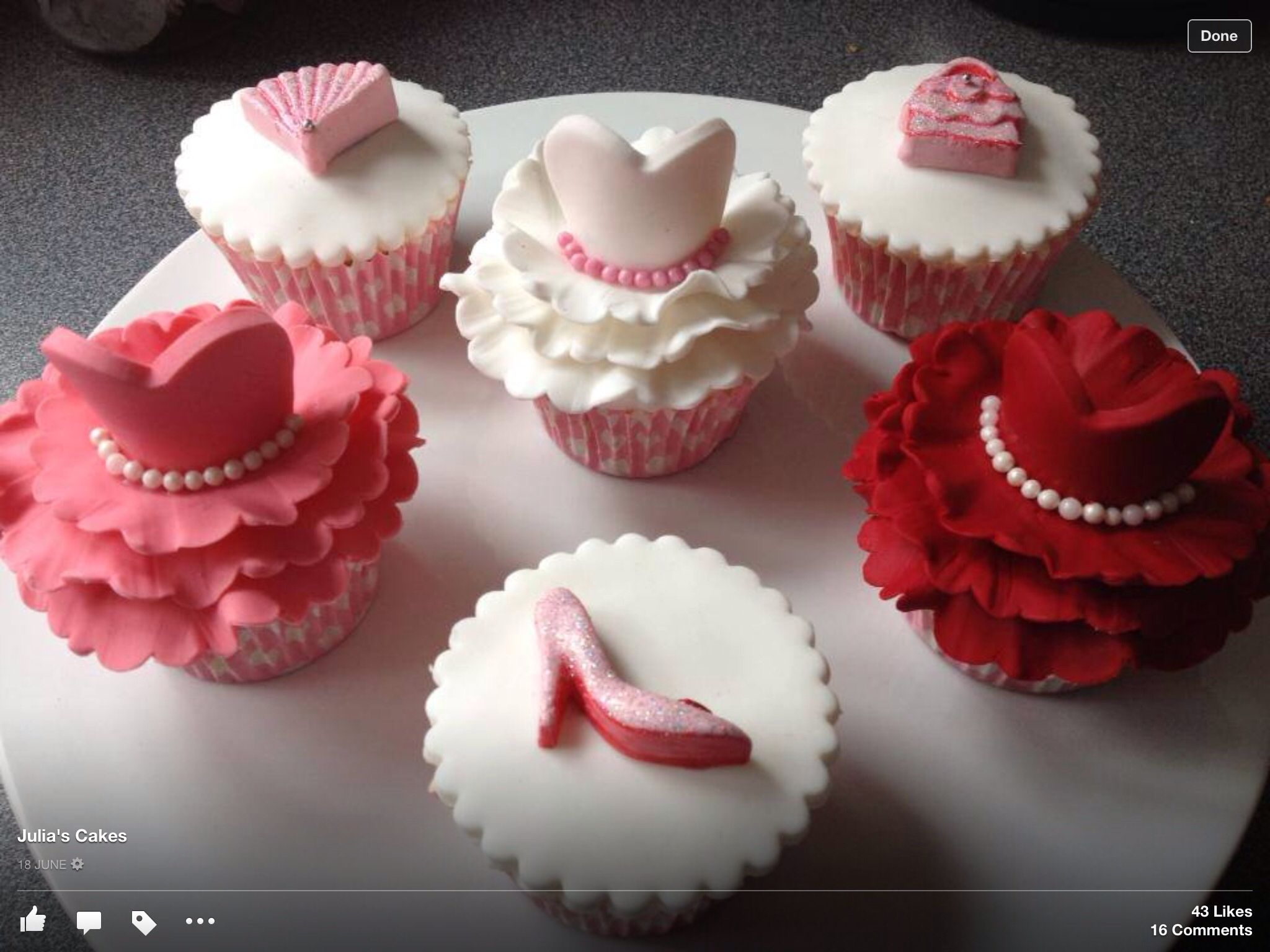 Cake Designs For Homecoming : Princess Prom cupcakes Party Ideas Pinterest Prom ...