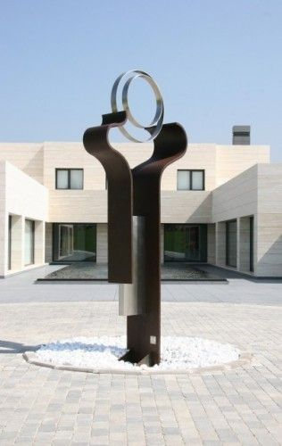 Oracle By Gonzalo De Salas This Abstract Sculpture Of 12 Feet Was Placed In A Private House In A Top End Residen Modern Sculpture Sculpture Abstract Sculpture