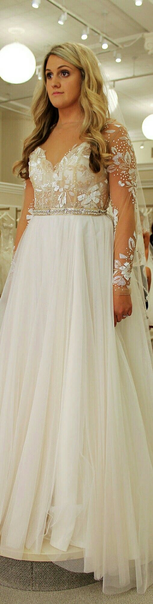 Lisa robertson in wedding dress - Karyssa Koprusak Is Trying On A Wedding Dress For Season 14 The Dress