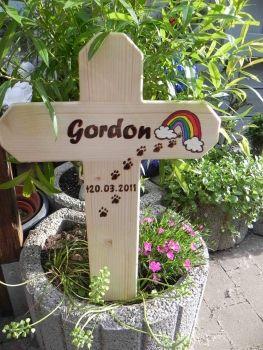 Gedenken Tierkreuz Grabkreuz 02 Grabgestaltung Katzen Futter