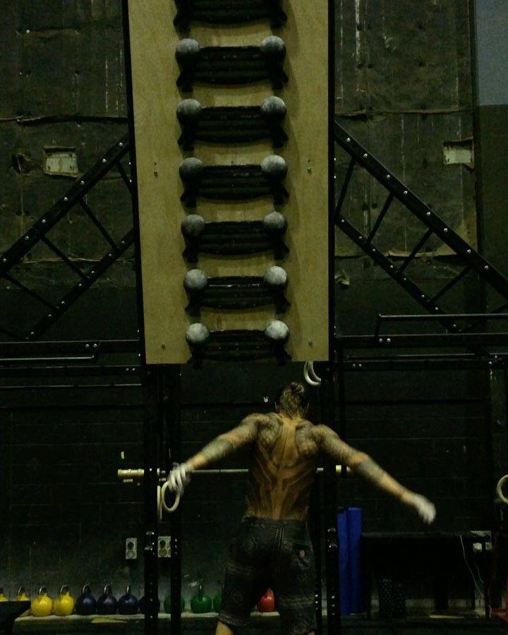 Jason Momoa Workout: 10 Times Jason Momoa's Back Was So F*cking Sexy