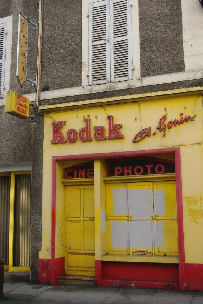 Kodak  old shop | advert | Photography, Camera store, Old cameras