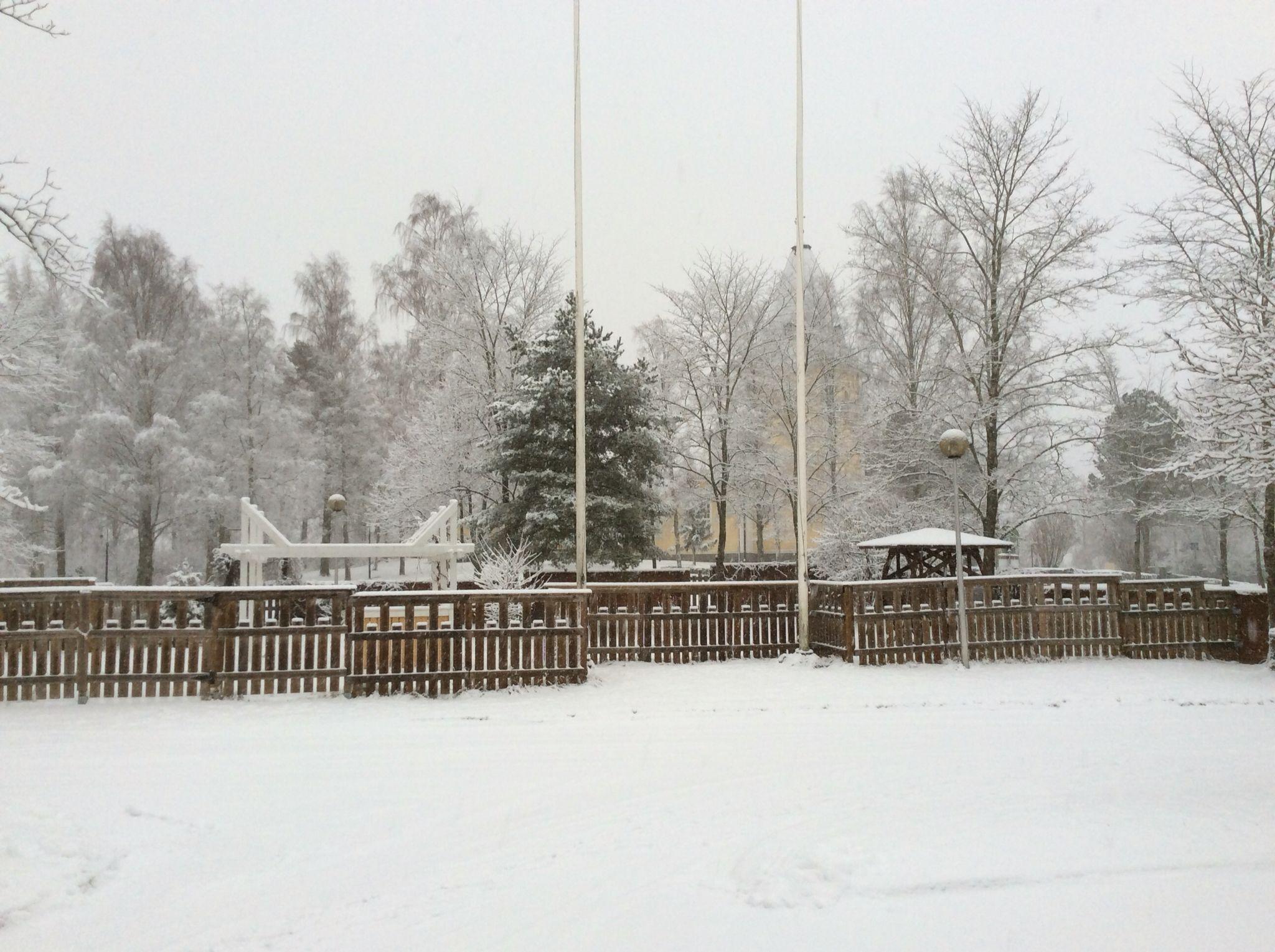 vihdoinkin lunta