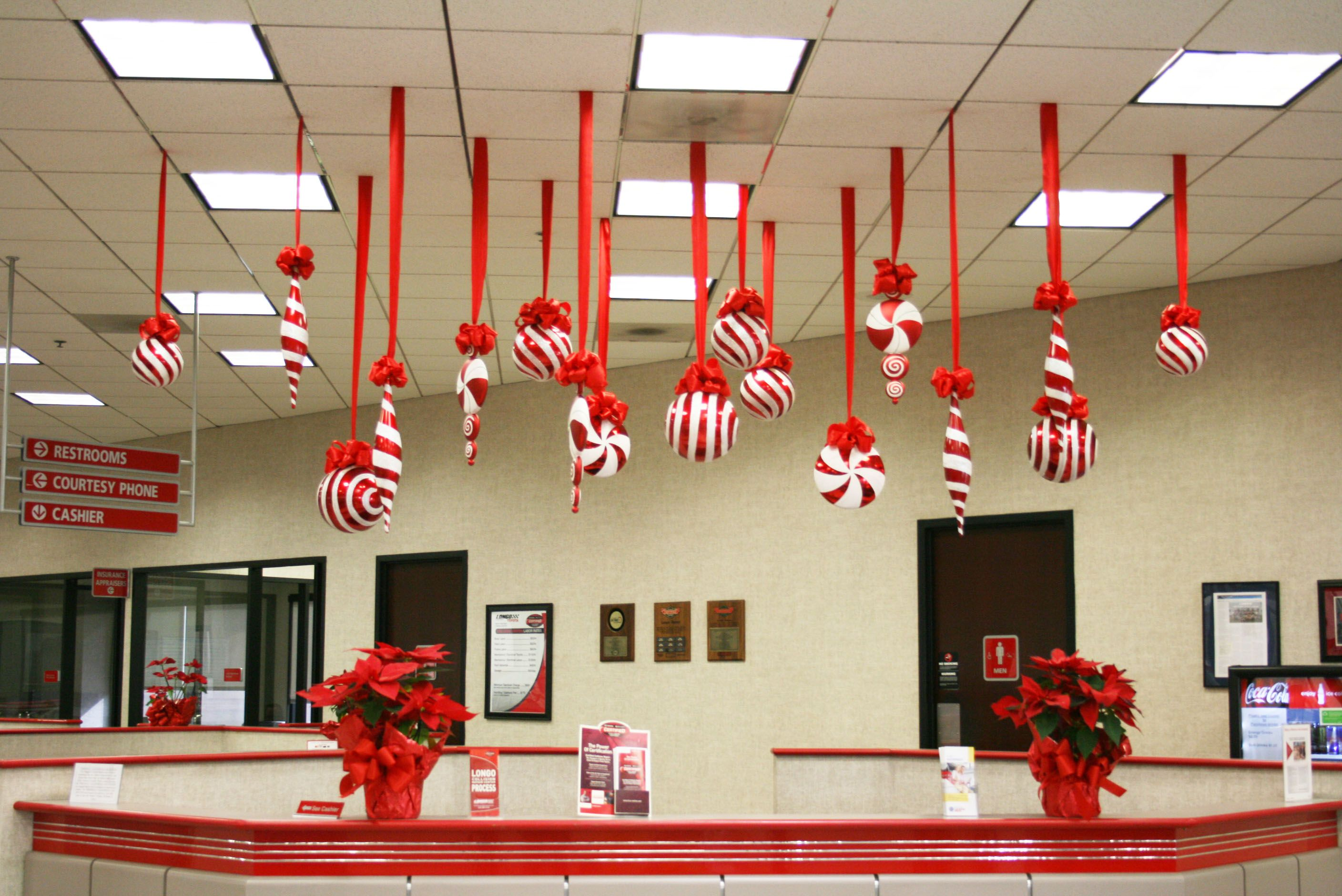 office decoration ideas op looks great for a christmas gathering entree to the supper table - Christmas Ceiling Decorations