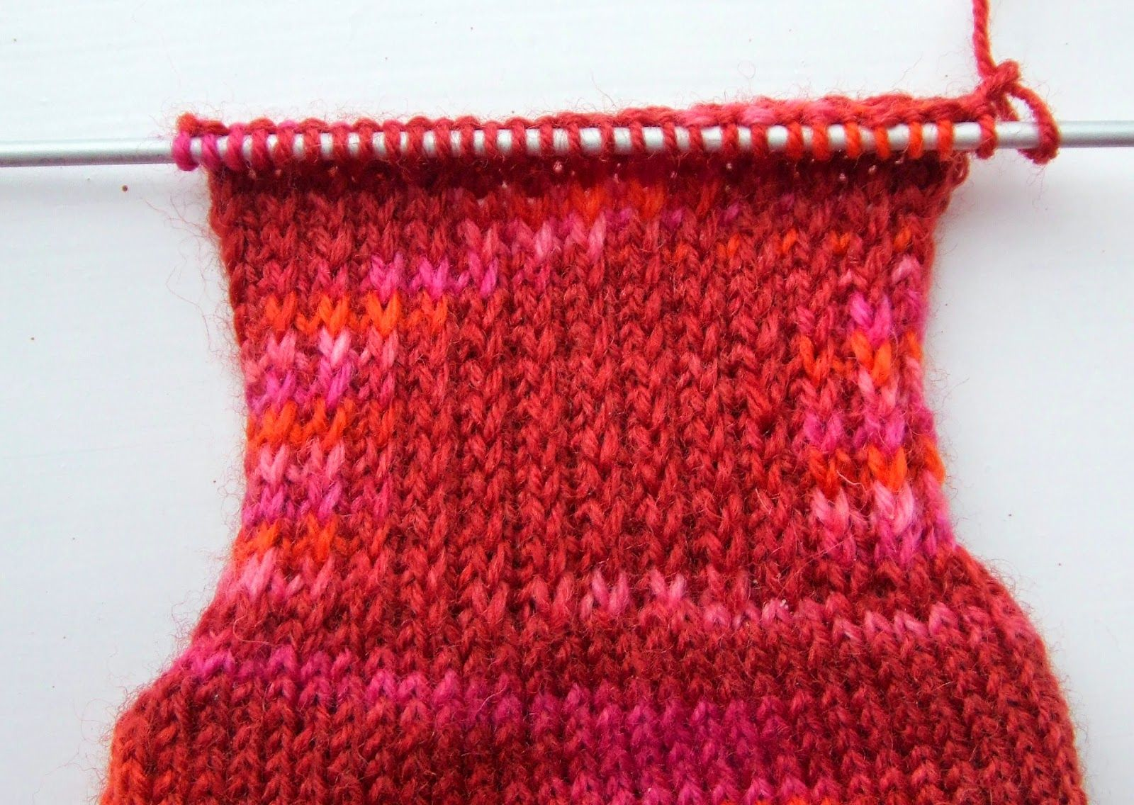 Winwick mum basic sock pattern and tutorial heel flap for 60 winwick mum basic sock pattern and tutorial heel flap for 60 stitches sock bankloansurffo Gallery