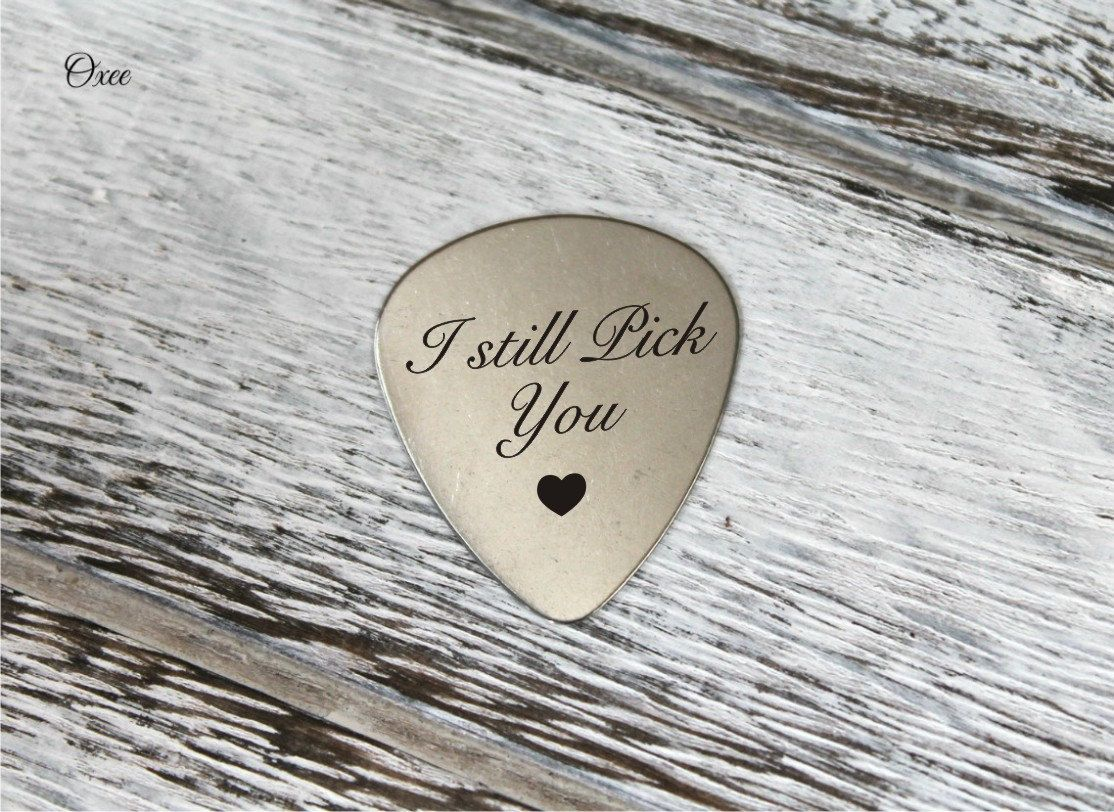 Engraved guitar pick by Oxee, I still pick you, gift for him ...