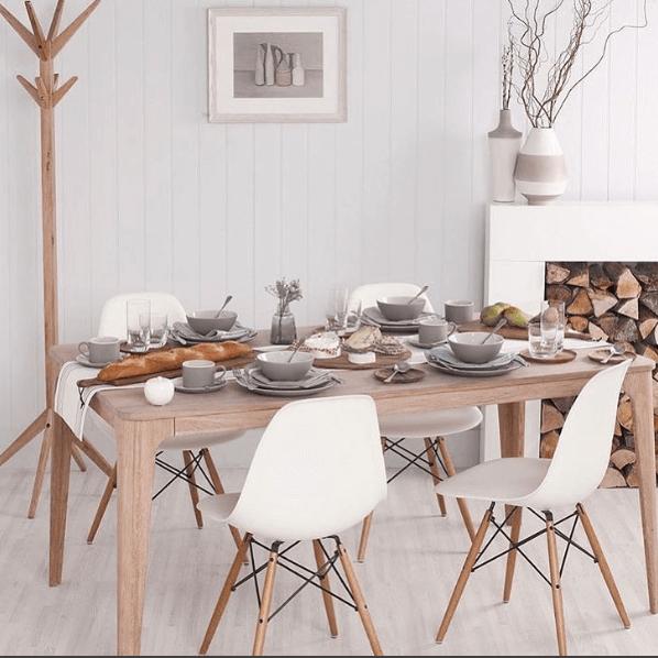 Ein Gemütliches Esszimmer Im Skandinavischen Design. Entdecke Diese Modernen  Stühle Im Satamo Online Shop.