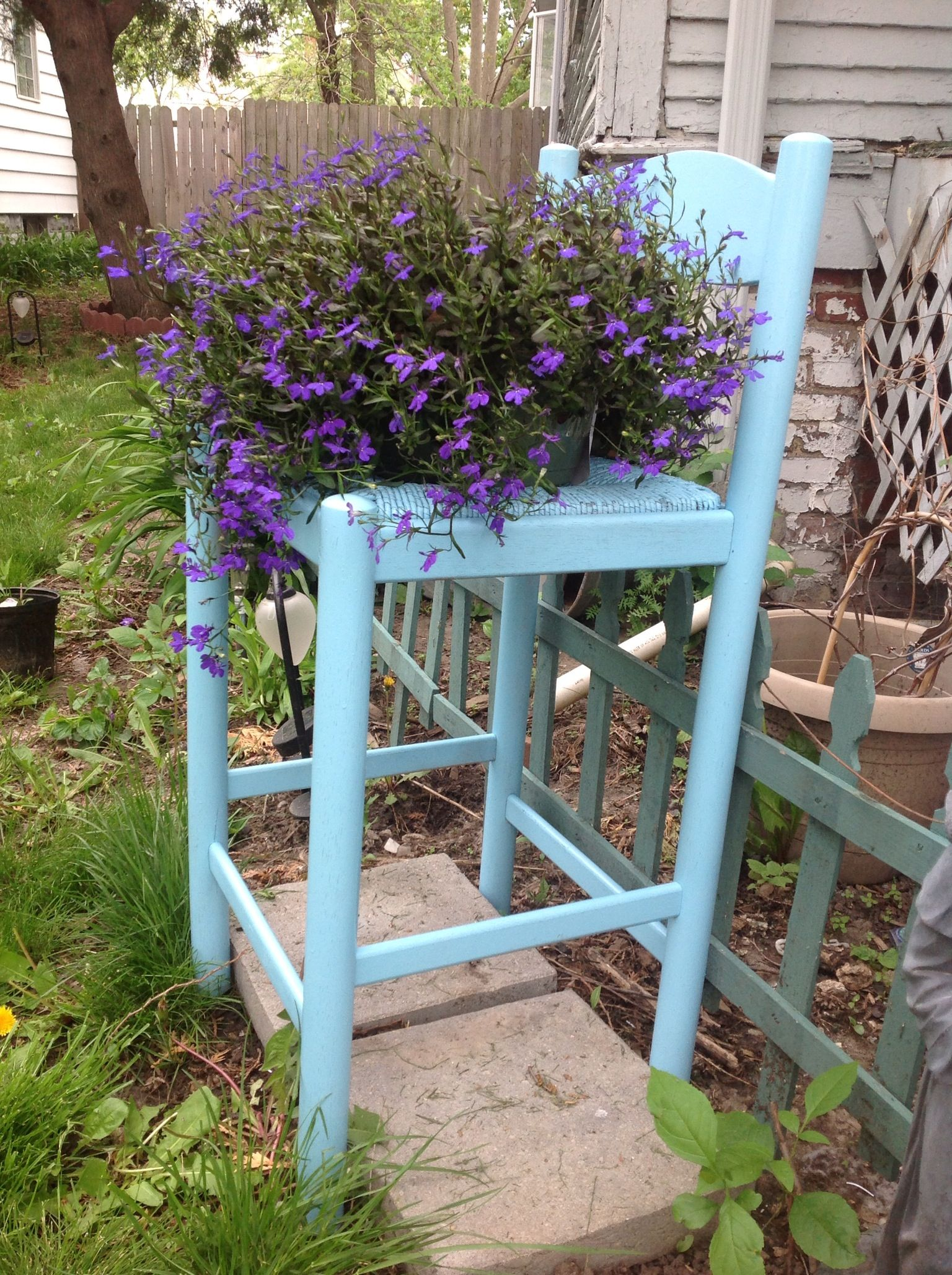 chair planter stand old wooden barrel chairs redo perfect plant arts and crafts
