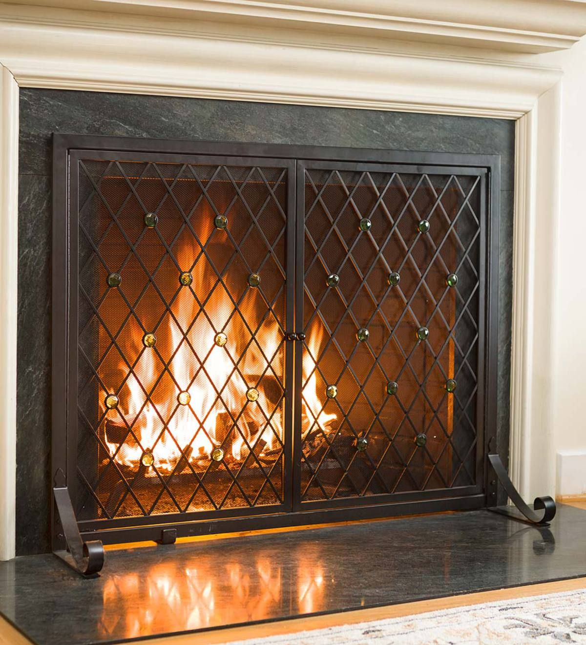 Fireside Elegance And Functionality Come Together In This Stunning Jeweled Fireplace Scree Fireplace Screen Fireplace Screens With Doors Glass Fireplace Screen