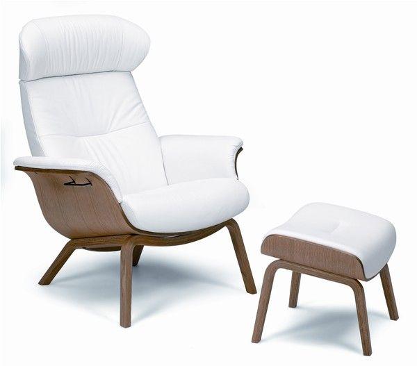 conform timeout relaxsessel und hocker mit holzbeinen in leder sitzschale walnu conform. Black Bedroom Furniture Sets. Home Design Ideas
