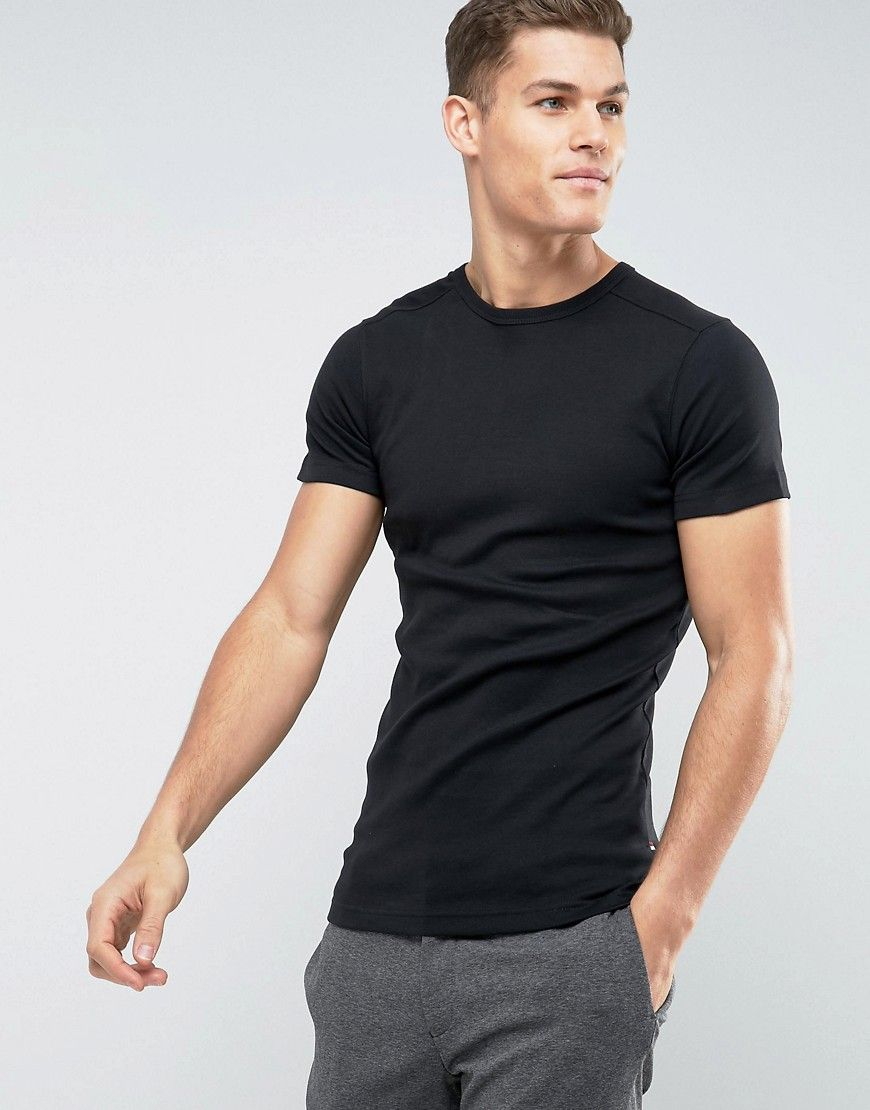 c7088586 Lindbergh Basic Muscle Fit T-Shirt - Black | Outfit in 2019 | T ...
