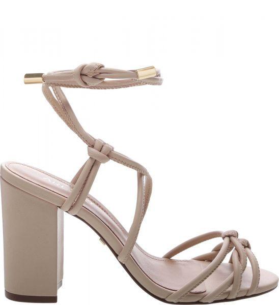Sapato Scarpin Salto Grosso Bruna Rocha Preto Passarela