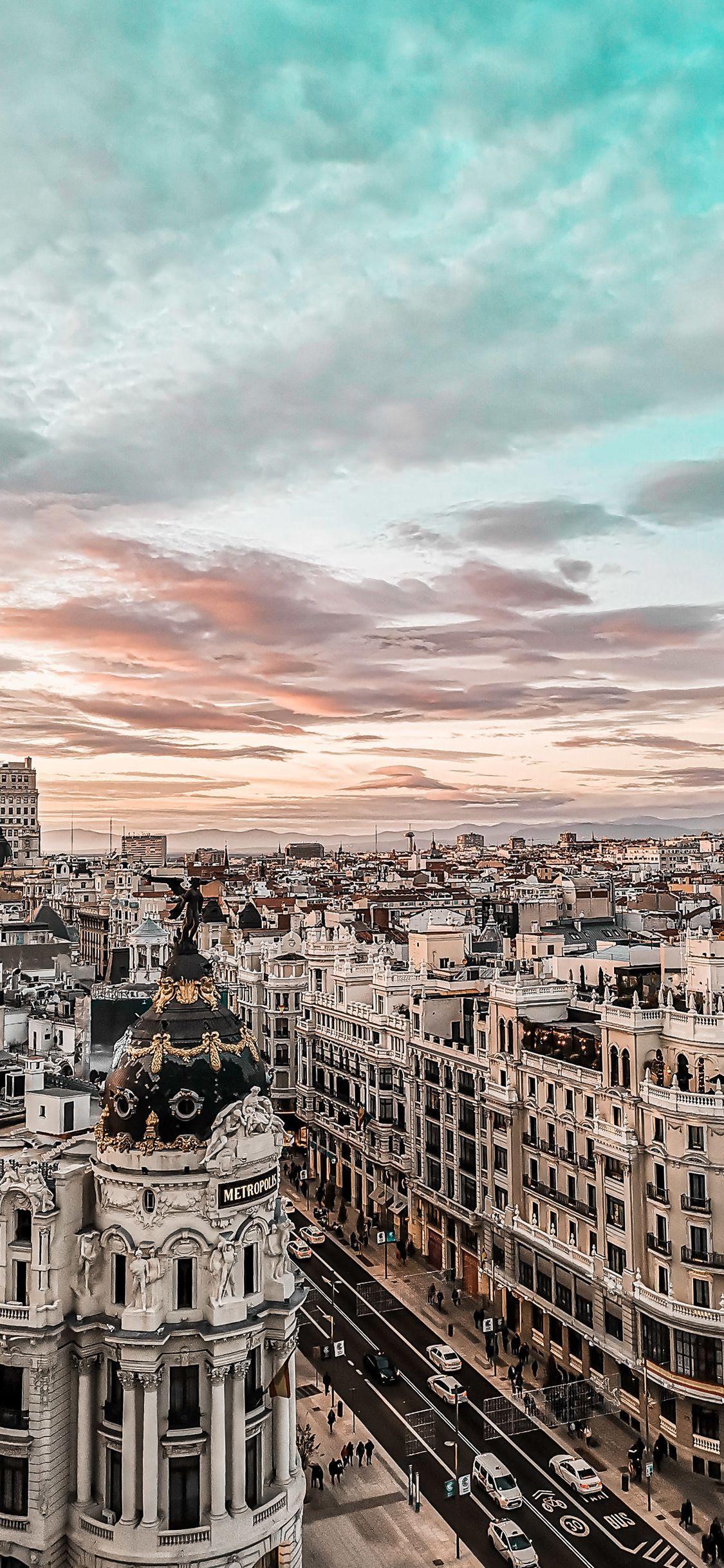 Himmel über Metropole | Handy Hintergrundbild Himmel über Metropole | Handy Hintergrundbild Julia Siebert juliasiebert97 Handy Hintergrundbilder Freu Dich auf Deinen nächsten Städtetrip &; mit unserem[…]  #Handy #Himmel #Hintergrundbild #Metropole #Phone backgrounds nature sky #über