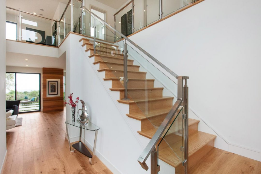 Best Glass Etching Designs Catalogue Railing Gl Picture Of Staircase With Tiles Home Decor Indoor 640 x 480