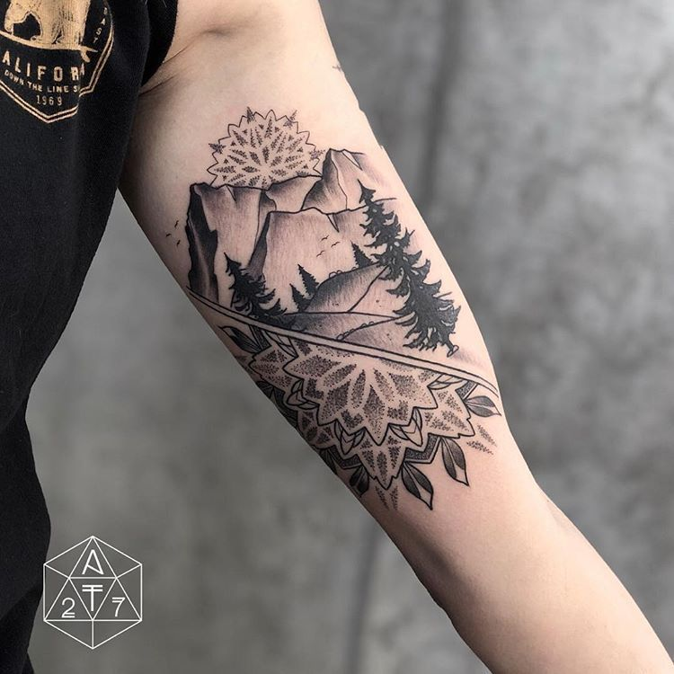 "▪️Anthony Triana▪️ on Instagram: ""#mandala #nature #tattoo #tattoos #tattooartist #blackwork #blackworkers #blackworkerssubmission #az #arizona #aztattoo #phx #phoenix…"" - Modern"