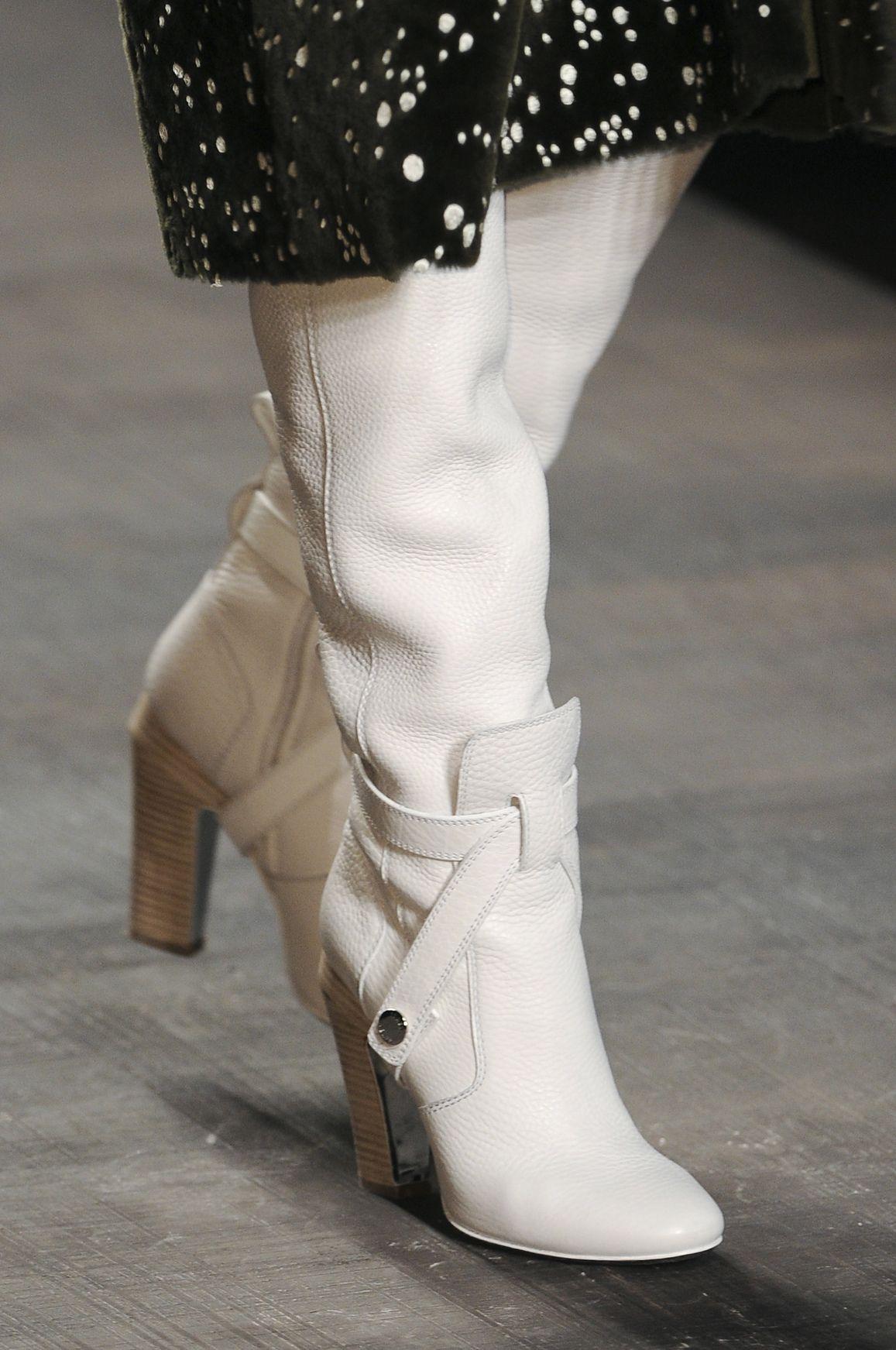 Modne Buty Jesien Zima 2014 2015 Fendi Fot Imaxtree Fendi Milan Fashion Week Fashion