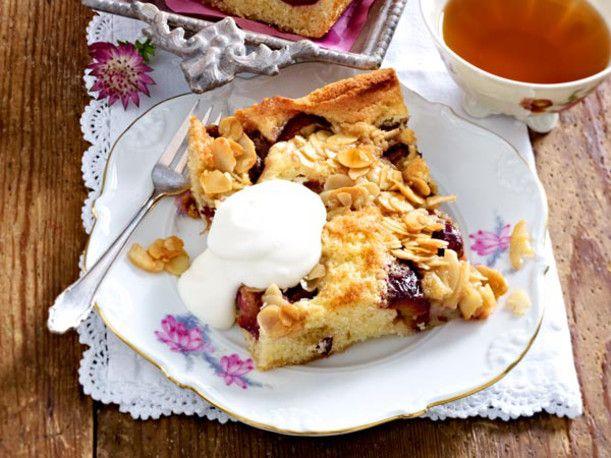 pflaumen kuchen vom blech rezept fruity cakes and tarts pinterest. Black Bedroom Furniture Sets. Home Design Ideas