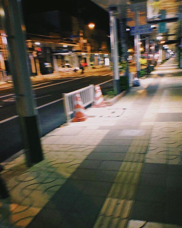 思っていることと逆のことをして 血迷っている訳じゃなく 裏切りであると分かっている 確信犯 そんな夜 . #photographyislife  #unknownjapan  #art_of_japan_  #fujifilm_xseries  #oldnikkor  #スクリーンに恋して #hibi_jp #その瞬間に物語を #デジタルでフィルムを再現したい #フィルムに恋してる #何気ない瞬間を残したい #写真で伝える私の世界 #キリトリセカイ #オールドレンズの世界 #オールドレンズに恋をした  #撮るを楽しむ #jp_mood #jp_phos #whim_life #広がり同盟 #rox_captures #screen_archive #ifyouleave #coregraphy #indy_photolife  #reco_ig #indeis_gram #HUEART_life #関西写真部  #関西写真部share
