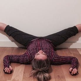 4 restorative yoga poses to soothe holiday stress