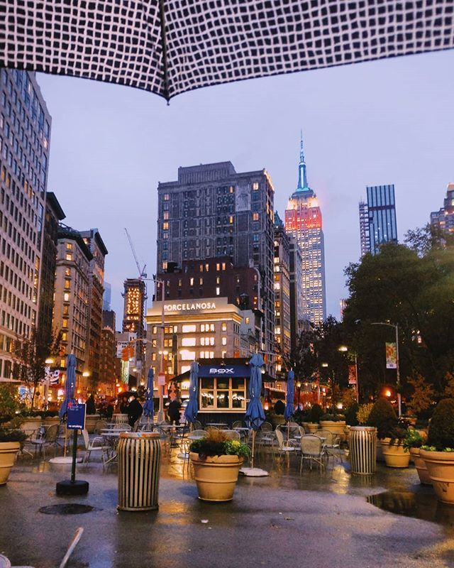 días gratis en los museos de nueva york  nueva york de noche