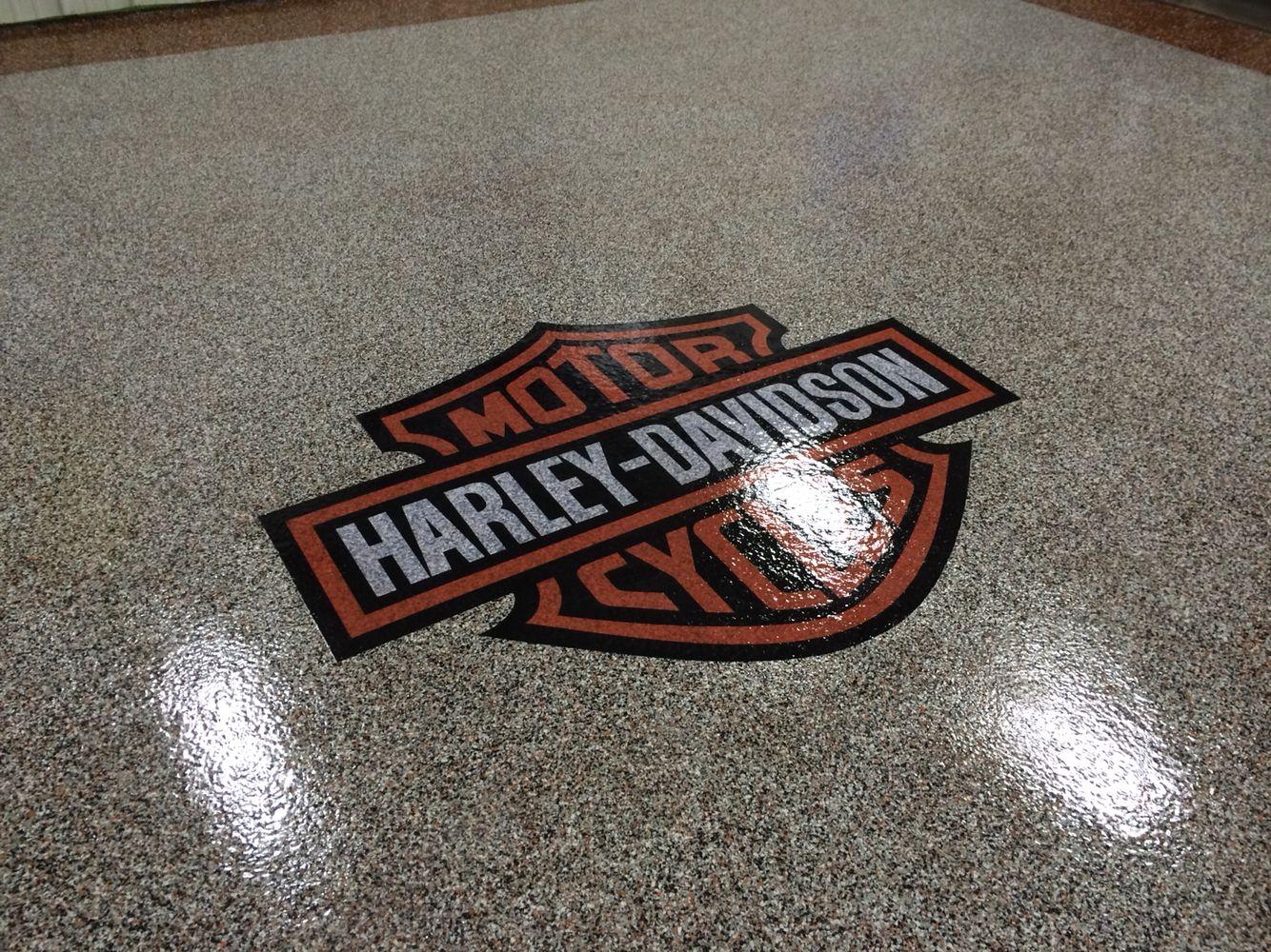 Epoxy Chip Garage Floor With Harley Davidson Logo Installed By Re Deck Of Northwest Ohio Lima Ohio Www Redeck Epoxy Floor Tile Floor Living Room Garage Floor [ 1000 x 1334 Pixel ]