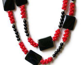 Perfeito maxi colar, preto e cereja
