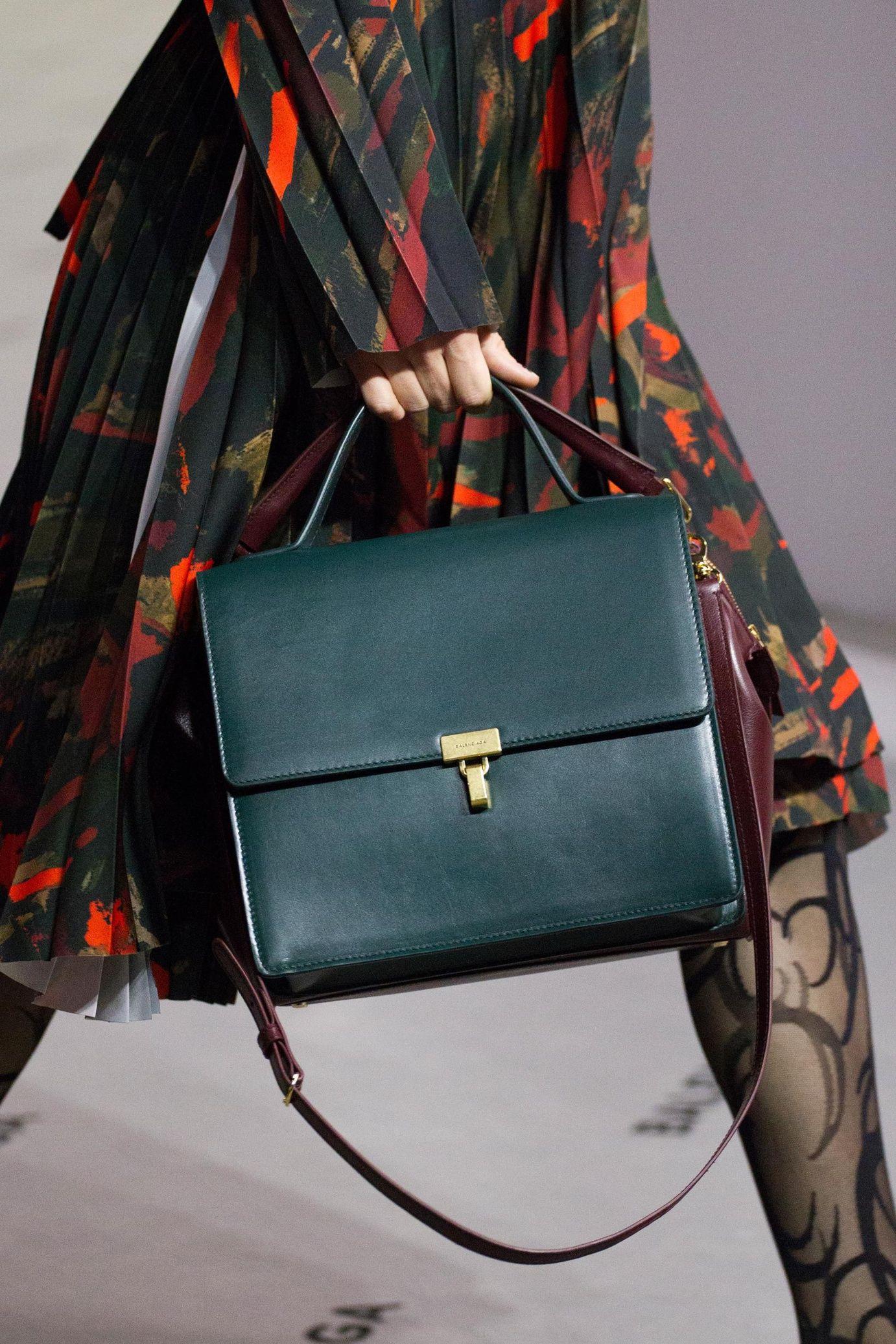 Vogue Paris in English | Accessori, Borse alla moda ...
