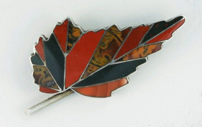 Scottish Agate Leaf Brooch