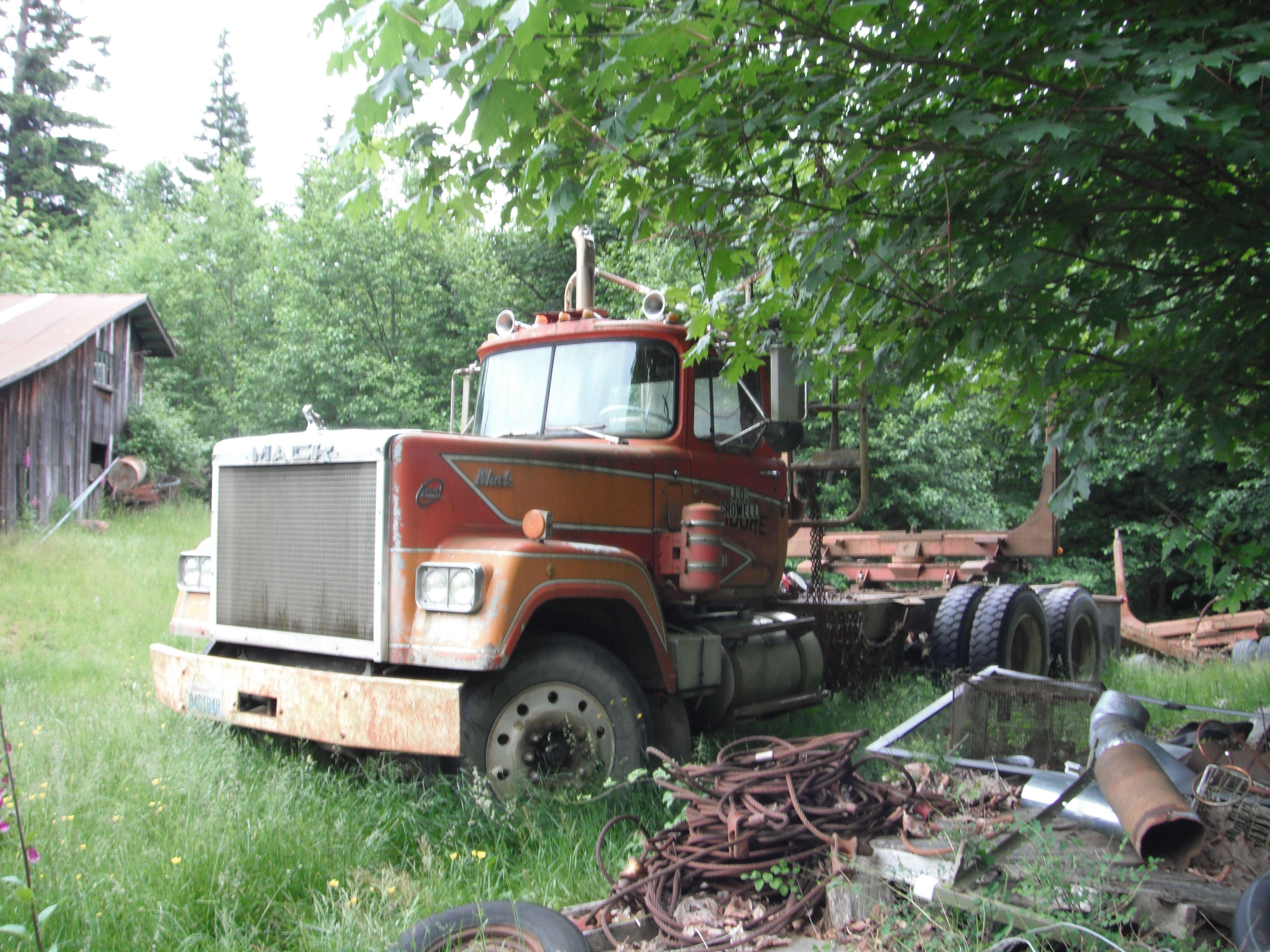1979 Mack Tractor Truck : Mack rl superliner first log truck i ever