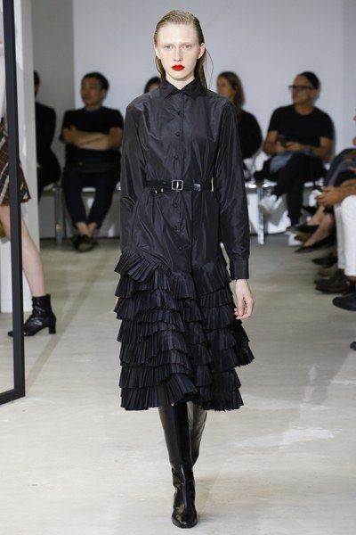 http://www.vogue.com/fashion-shows/spring-2017-ready-to-wear/olivier-theyskens/slideshow/collection
