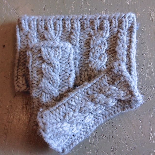 Quick Cabled Cowl pattern by Robbie Laughlin (With images ...