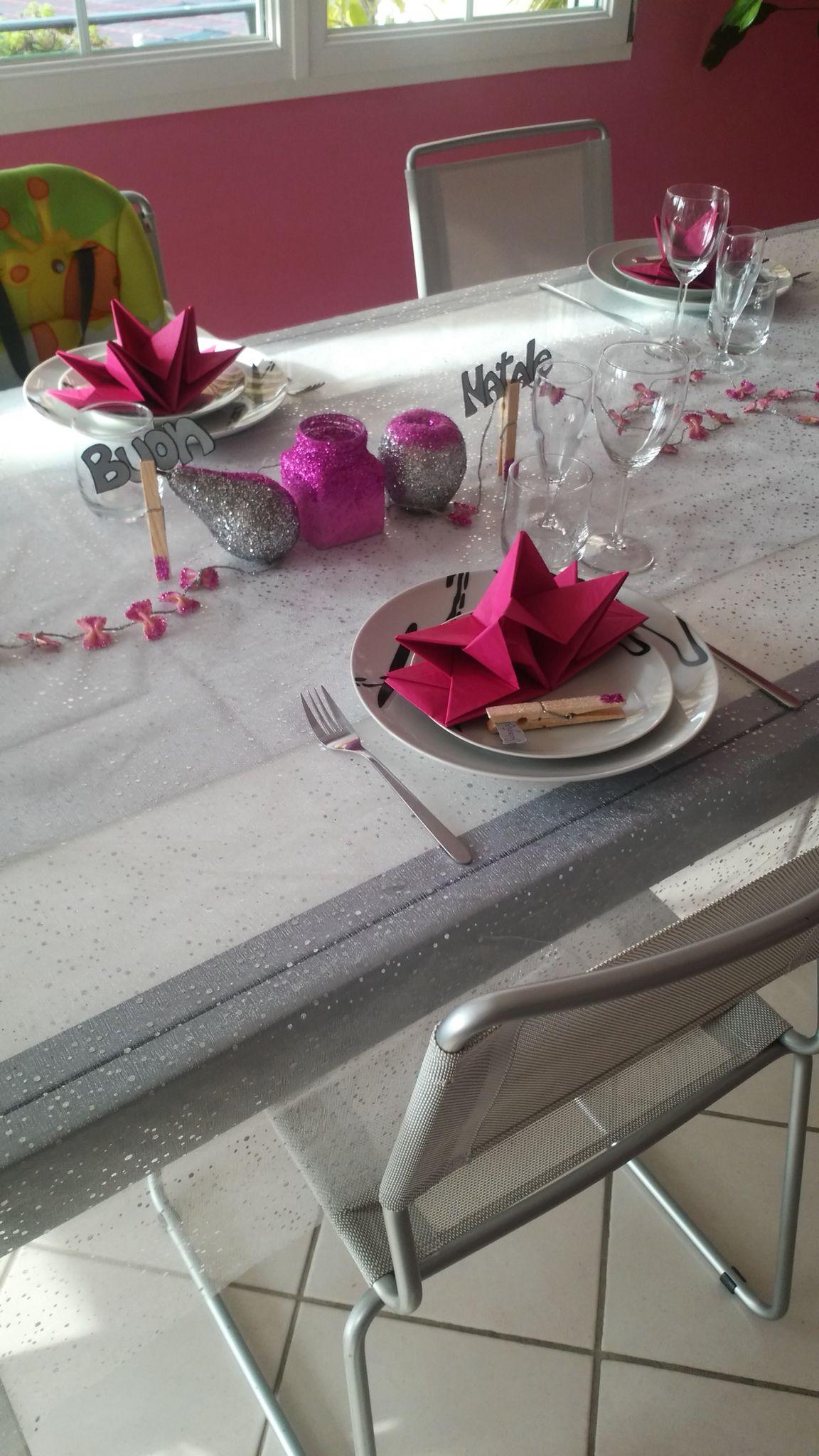 Ghirlanda con pasta, segnaposto, porta candela...tavola di Natale!