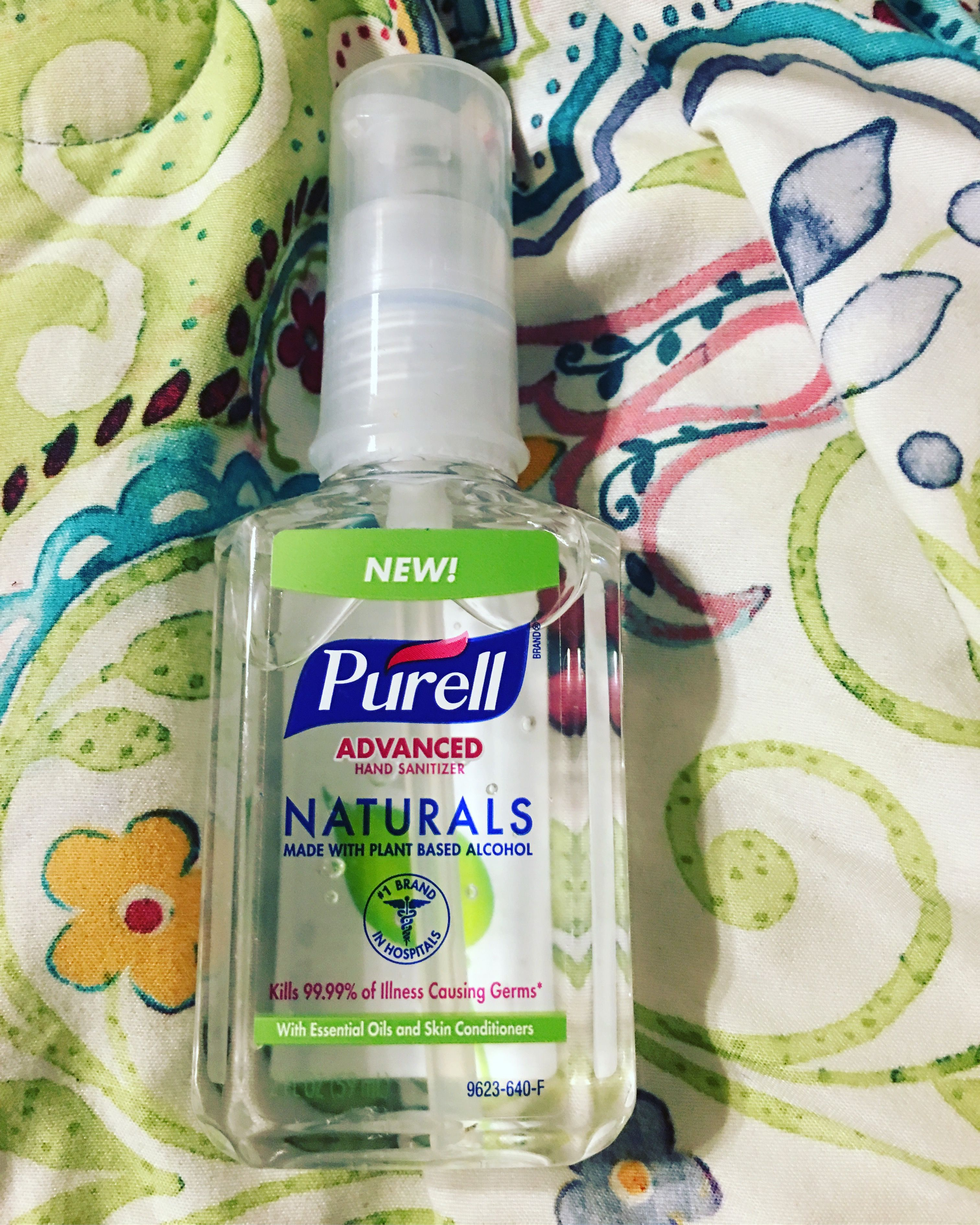 Great product to keep in your purse especially during the flu season! #PURELLNaturals @influenster