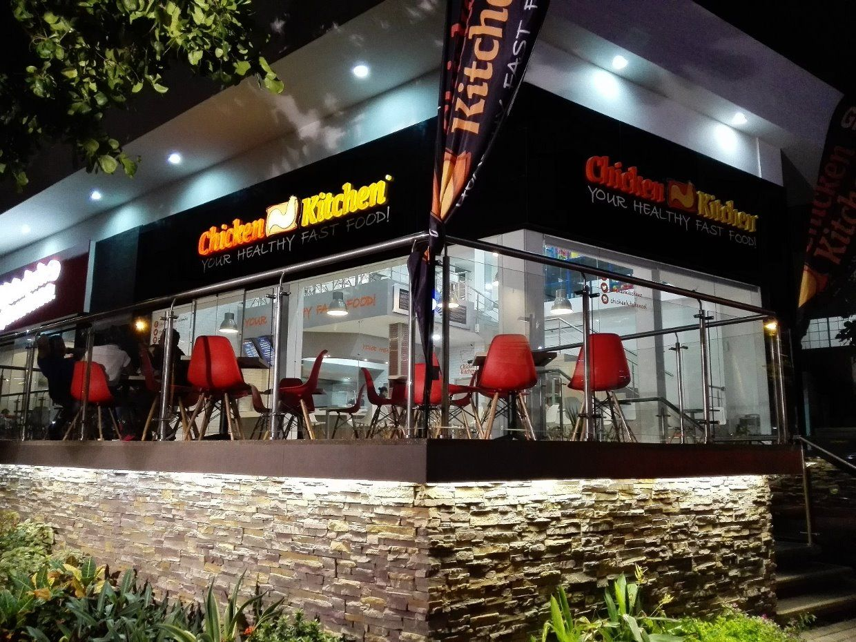 Chicken Kitchen offers students a 10% discount on their meal when ...