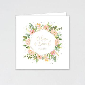 Trouwkaart met bloemen en namen in goudfolie