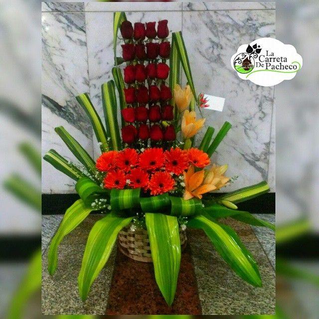 Por que sabemos que te gusta sorprenderla, tenemos lo mejor para ella. Contactanos al 0212.9594016 o 0414.3660316 al correo lacarretadepacheco@hotmail.com o acercate al C.C.C.T, nivel C1, frente a banesco express y con gusto te atenderemos #floresnaturales#floristeriaccct#floristeria#floristerialacarreta#lacarretadepacheco#rose#rosas#gerberas#obsequio#regalo#flores#FLOWERS#AMOR#insta#igersvenezuela#detalles#like4like#l4l#followme#VENEZUELAENFLORES#CARACAS#venezuela#ccct