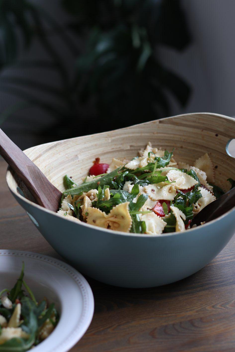 Nudelsalat zum Grillen – super einfach mit wenigen Zutaten – Nelefees