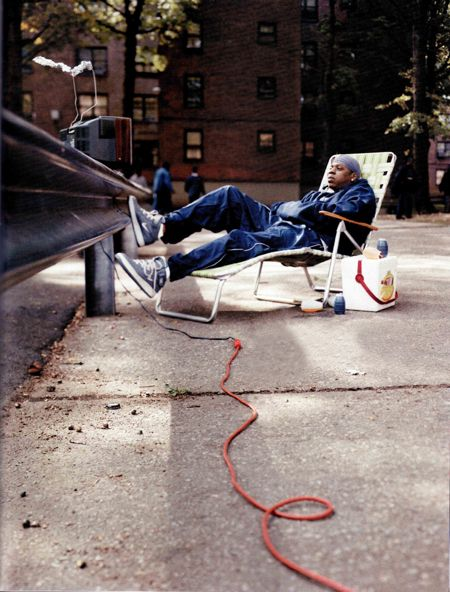 Jay Z chillin on a beach chair in Marcy projects with the hood set - fresh jay z blueprint 3 deluxe edition tracklist