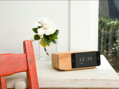 Alarm Dock iPhone 5