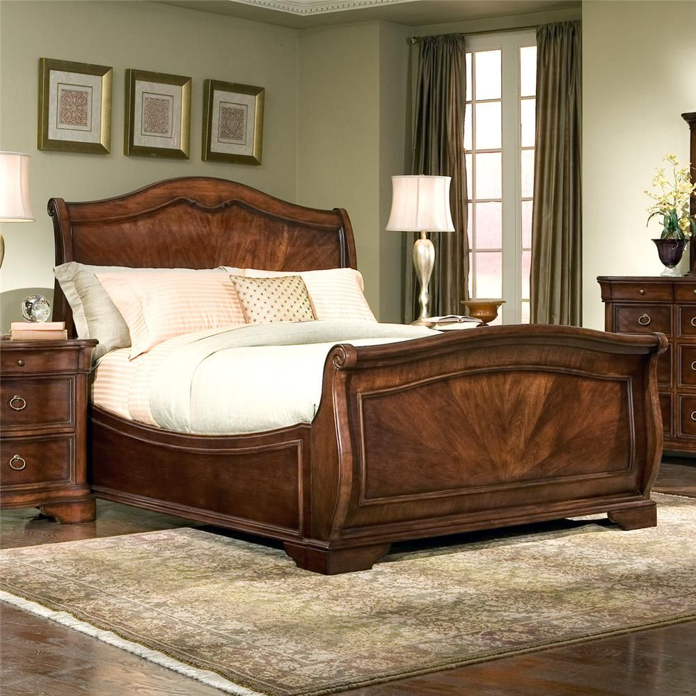 Heritage court king sleigh bed by legacy classic i am - King size sleigh bed bedroom set ...